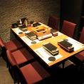【VIPルーム】扉付きの完全個室5名~6名様です。ご接待、ご会食などに最適です。