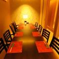【2名様~10名様までのテーブル席】2名から10名個室のテーブル席。掘りごたつ席同様、完全個室でご利用いただけるため楽しい時間をお楽しみいただけます。国分町、虎横すぐの隠れ家居酒屋で落ち着いたひと時を。。#国分町#居酒屋#日本酒#肉#宮城のうまいもの#個室