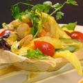 料理メニュー写真マンゴとえびのサラダ