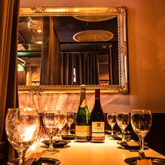10名様程の宴会も人気☆様々なシチュエーションにお使い頂ける隠れ家のような個室席です。渋谷で接待、女子会、合コン、誕生日、記念日、歓送迎会など各種飲み会やご宴会は当店で決まり!