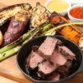 料理メニュー写真牛ランプ肉 グリルコンボ