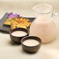 料理メニュー写真マッコリ(デキャンタ)&チヂミ セット