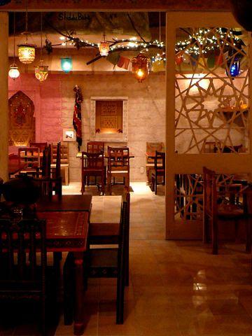 梅田イーマ5Fの人気店★ランチタイムから本格インド料理を堪能できます!
