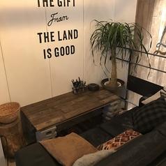 LAND TO TABLE ランド トゥ テーブル 名駅店の雰囲気1