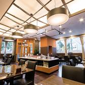 ホテルの名シェフによるライブキッチンも◎ディナータイムの貸切は10名様からOK。各種宴会や女子会・ママ会等に。スポーツサークルの打ち上げに最適!食べ飲み放題可能です!詳細に関してはお気軽にお問い合わせください。
