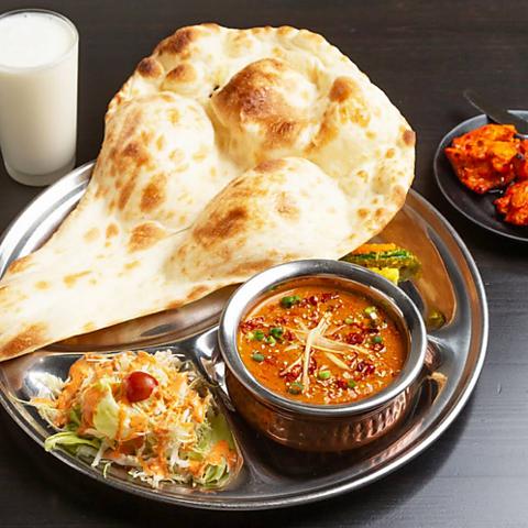 《本場のシェフが作る本格カレー&インド料理!》ランチやテイクアウトもおすすめ!