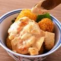 料理メニュー写真プリプリ海老の揚げえびパン