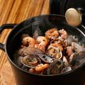 料理メニュー写真本日の魚介のココットゴハン