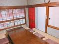 【離れ2階】6~8名掘り炬燵席 隠れ家的な雰囲気で、プライベートな飲み会に適しています