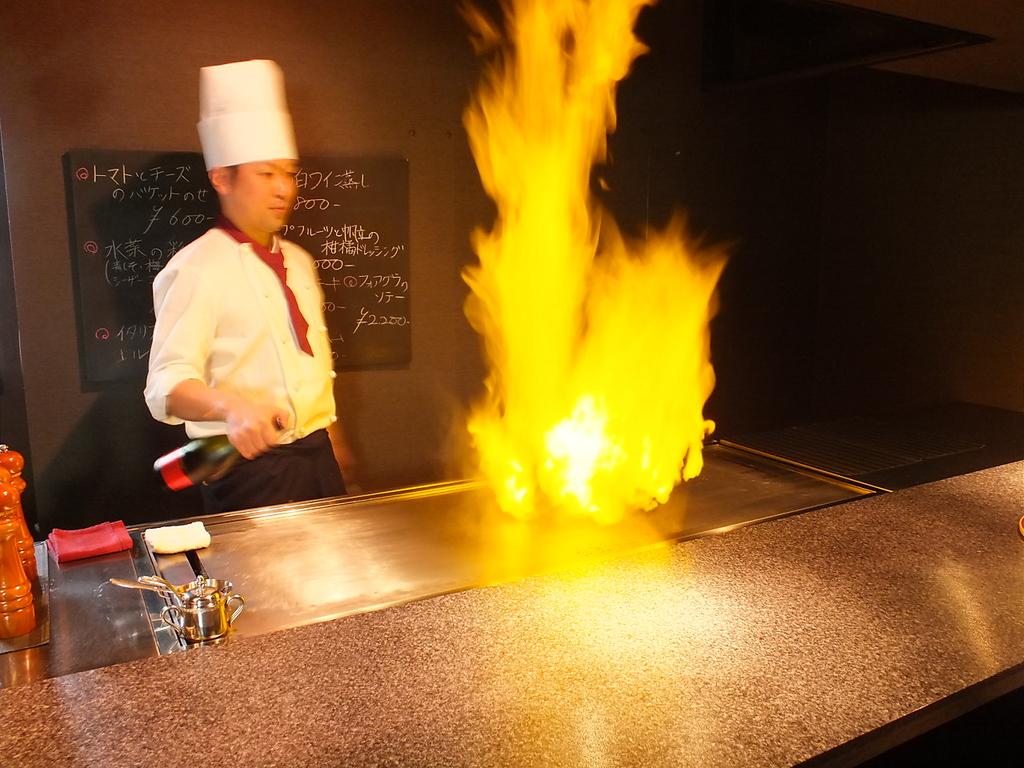 ステーキ・海鮮 鉄板焼 北風|店舗イメージ2