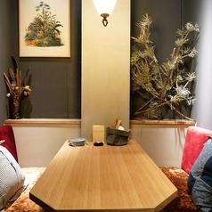【3F】お洒落なソファー席!壁で仕切られているので、周りを気にせずゆっくりお楽しみいただけます。