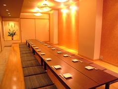 大型宴会も可能な個室をご用意。最大36名様までご利用頂けます。