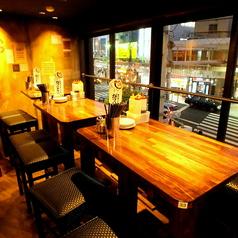 【2階】テーブル席は貸切でも使えますよ★【十三 居酒屋 貸切 誕生日 飲み放題 会社宴会 女子会】
