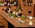 2名様~最大12名様までご利用いただけるテーブルのお席です。肉バル料理を楽しむなら是非当店へお越しくださいませ☆