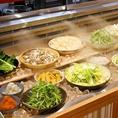 野菜は常に新鮮を保つため、ミストバー完備。新鮮さと冷えた状態を保ちます