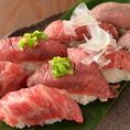 【肉寿司】牛・馬肉を中心とした肉専門の握り寿司が楽しめる居酒屋です。馬肉は本場熊本・会津産の産地直送の上質なものを厳選致しました。