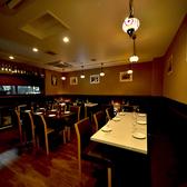 間接照明が優しく灯り、お客様の宴に華を添えます。大中小お席完備でシーンに合わせたお客様にぴったりのお席をご用意させていただきます!!