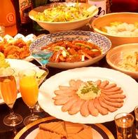料理はビュッフェスタイルとコース料理