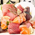 料理メニュー写真鮮魚大漁盛り(3種)