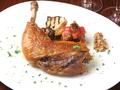 料理メニュー写真大山鶏 骨付き鶏もも肉のコンフィ