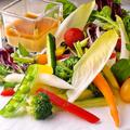 料理メニュー写真自家製バーニャカウダーの野菜スティック
