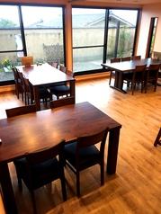 ≪1F≫用途に合わせてお席もご用意。会社宴会、法事、同窓会、各種会合のご利用にもお使いください。
