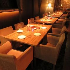 会社宴会やパーティなどにもおすすめのテーブル席は最大20名様。
