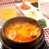 スンドゥブや本格韓国料理
