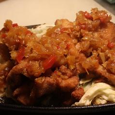 料理メニュー写真若鶏の唐揚げ-油淋ソース-