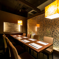 チーズタッカルビ&個室 Manhattan Grill 新橋店の雰囲気1