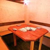 6名様まで座れるテーブル席!!テーブルも広いので、宴会にもオススメ☆