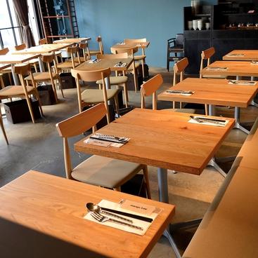 マンゴツリーカフェ ルミネ新宿店の雰囲気1