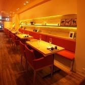 明るく、温かみのある空間が◎普段のお食事から特別な日まで、多様なシーンでご利用いただけます。