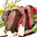 料理メニュー写真本日のお肉料理(仔羊や鴨や牛や豚)