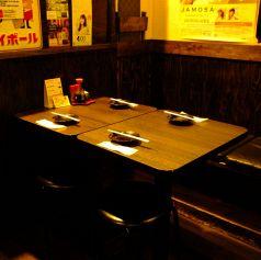 2名~最大16名様までtテーブル繋げてご利用頂けます☆