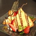 料理メニュー写真果実とバニラのシフォンケーキ