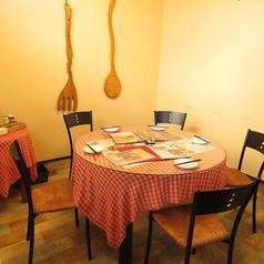 テーブル席の貸切で、最大9名様までの個室づかいも可能です。ご家族で集まってのお食事会や、会社のご宴会などにもオススメです!ご利用人数などお気軽にご相談ください♪【福山/神辺/福山市/鉄板/ランチ/肉/飲み放題/歓送迎会/女子会】