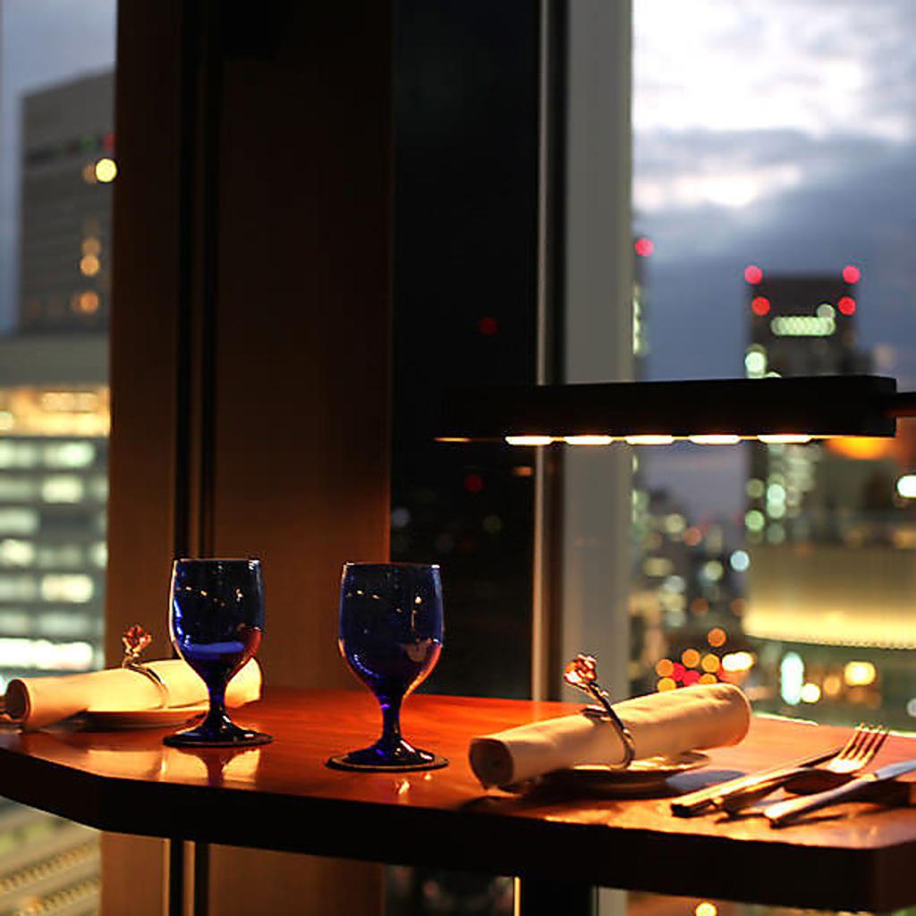 sky dining & bar BLUE BIRD ブルーバード ミナミ 難波 店舗イメージ1