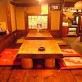 【1F】お座敷のテーブルを繋げて宴会も可。