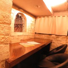 秘密のテーブルカウンター席