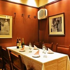 【少人数様向け!!】2~4名様までのテーブル席です。ちょっとした集まりに便利です☆