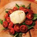 料理メニュー写真ブラッティーナとトマトのサラダ