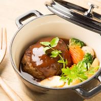拘り抜いた素材を使用した贅沢肉バル料理を召し上がれ!