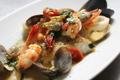 料理メニュー写真アクアパッツァ 魚介のスープ仕立て