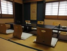 お店の総席数は60席。4名様からご利用可能な個室あり。部屋をつなげれば最大40名様までご利用可能です。