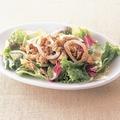 料理メニュー写真イカとツナのサラダ