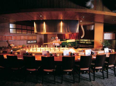 瀬戸内の幸をリーズナブルな価格で。宴会利用のお客様や県外のお客様に人気です!