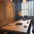本山駅徒歩1分の好立地★ゆっくりお料理とお酒をお楽しみいただけるテーブル席です。