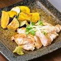 料理メニュー写真信玄どりのステーキ~バルサミコ醤油焼き~
