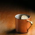 料理メニュー写真Jengibre【ヘンヒブレ】(特製スパイスジンジャーウォッカ/ベネディクティン/ライム/ジンジャーエール/檜)